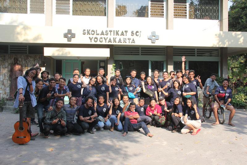 Kunjungan OMK ke Yogyakarta - (Ada 14 foto)
