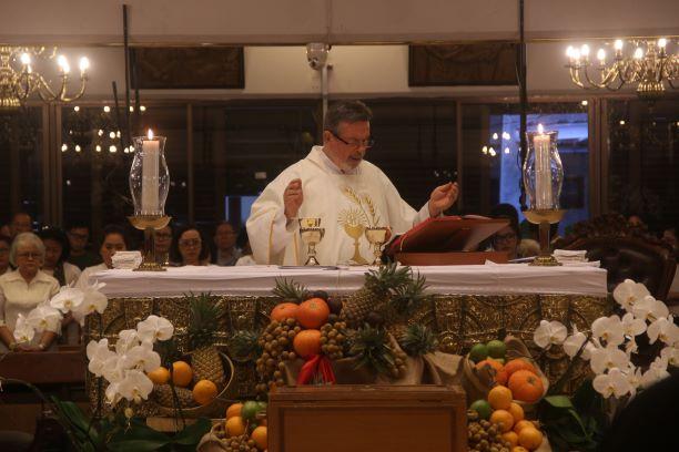Misa Natal Pagi - (Ada 6 foto)